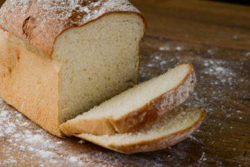Gluteeniton vaalea leipäseos